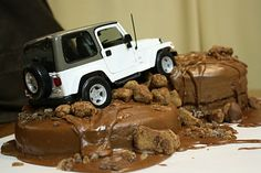 The Traveling Spoon: Dabbling in Decorating: Jeep Cake-Grooms Cake Funny Birthday Cakes, 20th Birthday, Happy Birthday, Humor Birthday, Birthday Wishes, Birthday Parties, Cake Cookies, Cupcake Cakes, 3d Cakes