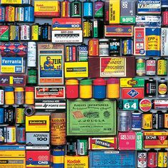 History Of Photography, World Photography, Photography Camera, Vintage Photography, Kodak Logo, Collections Photography, Lomography, End Of The World, Product Design