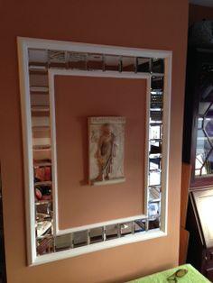 Decoración con molduras de escayola, espejos y alisado y pintado de paredes. (DESPUÉS) Mirror, Frame, Furniture, Home Decor, Moldings, Mirrors, Projects, Picture Frame