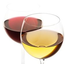 Whether you're throwing a dinner party for a group or planning an intimate meal at home, choosing the perfect wine to complement your menu can be a challenge White Wine, Red Wine, Home Recipes, Wine Making, Homemaking, Good To Know, Cool Things To Buy, Alcoholic Drinks, Extra Work
