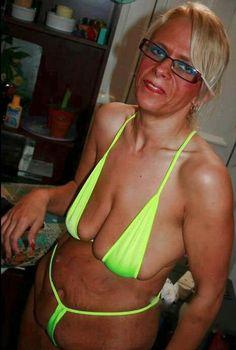 Neon Green String Bikini Falls Flat ---- hilarious jokes funny pictures walmart humor fails