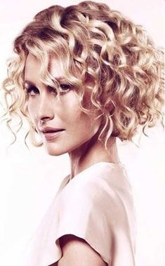 """VISIT FOR MORE 32 Short Curly Bob Haircuts That Make You Say """"Wow!"""" for Short Curly Bob Haircuts 2019 Bob is a hairstyle with clear lines, perfectly emphasizing the features of almost any lady. It is a mistake to think tha…, Curly Bob Short Curly Bob Haircut, Mid Length Curly Hairstyles, Haircuts For Curly Hair, Curly Hair Cuts, Short Bob Hairstyles, Short Hair Cuts, Curly Hair Styles, Bob Haircuts, Pixie Haircut"""