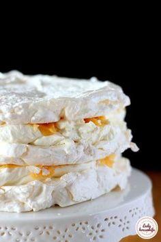 Perfect meringue that always comes out - kulinarne - Dessert Sweet Recipes, Cake Recipes, Dessert Recipes, Pavlova Cake, Banana Pudding Recipes, Polish Recipes, Homemade Cakes, Amazing Cakes, Food To Make