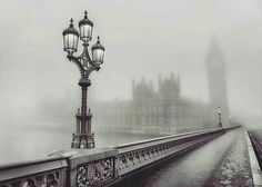Amazing shot of Big Ben in thick fog, by @syxaxisphoto. ------- Great offer for our followers: Sign up to UBER with special offer code 'WUNDROUSLONDON' and get your first ride free up to £15! ------- #wundrouslondon #london #ldn #londonpop #londonlife #londoner #londonphoto #ilovelondon #londonbound #thisislondon #londonbylondoners #londontown#londoncity #londoncalling #londonist #londonbaby #londonlove #londontravel #londontravels #beautifuldestinations #thebestdestinations