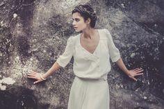 La nueva #tendencia: Vestido de #novia con camisa. #bodas