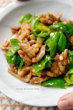 pork and pepper stir fry - one of my favourite homemade dish Easy Chicken Recipes, Pork Recipes, Asian Recipes, Cooking Recipes, Healthy Recipes, Healthy Chinese Recipes, Oriental Recipes, Yummy Recipes, Healthy Foods