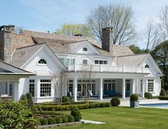 'American summer home.' James Schettino Architects, New Canaan, CT. Jane Belles photo.
