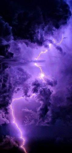I think lightning is so beautiful. I definitely want to photograph lightning.