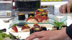 """- Plat / Viande / Crustacés - Anne vous propose sa recette de """"Maki et sushi de boeuf aux huîtres"""" inspirée de la recette de Jules Lahaye """"le Burger de Jules"""""""