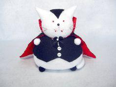 Handmade Halloween cat, Vampire cat, Cat pincushion, Felt vampire, Stuffed white cat, Cute felt kitty, Halloween decoration, Vampire decor
