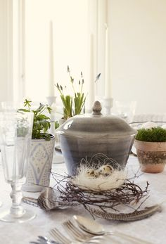 my kinda r.a.w table~scapes...