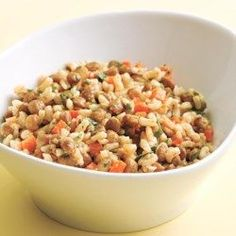 These healthy gluten-free lunch recipes are easy meal ideas to pack for the office. Try our Mediterranean Chicken Quinoa Bowl for a healthy grain bowl idea, or make a batch of Parmesan Spinach Cakes for a quick, packable lunch to enjoy all week long. Gluten Free Recipes For Lunch, Lunch Recipes, Healthy Dinner Recipes, Vegetarian Recipes, Cooking Recipes, Rice Recipes, Easy Recipes, Vegetarian Salad, Uk Recipes