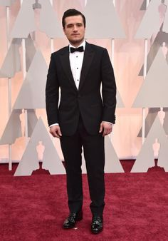 From Emma Stone to Julianne Moore and Keira Knightley, see the best dressed from the Academy Awards 2015 red carpet Josh Hutcherson, Vestidos Oscar, Oscar Photo, Hunger Games Cast, Oscar Fashion, The Hollywood Reporter, Red Carpet Fashion, Celebrity Photos, Beautiful People