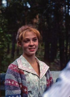 Previous Pinner -Anne with an E  -- love her cardigan here :)- Me: SO Madelyn isn't the only one! :D
