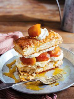Recette de Ricardo de feuilletés aux pommes caramélisées et crème au mascarpone