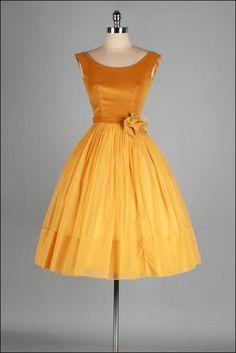 Vintage 1950s Dress . Gold Velvet . Chiffon . by millstreetvintage