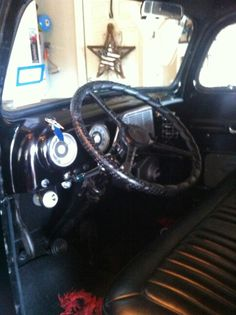 52 Ford f1 interior 1952 Ford Truck, Ford Trucks, F1, Cars, Vehicles, Interior, Indoor, Autos, Car