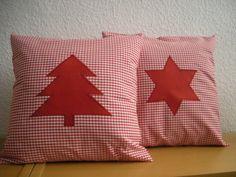 2 Vichykaro-Kissen rot m. Tannenbaum + Stern