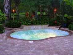 Mini Pools for Small Backyards – Fun and Excitement for the Whole Family: Inground pools for small yards