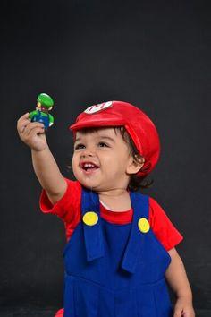 Disfraz Bebé de Mario Bross Pikachu, Two By Two, Costumes, Fictional Characters, Ideas, Carnival, Parties Kids, Meet, Kids