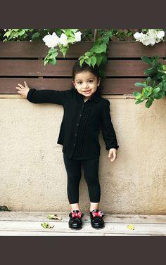 Misha Shahid kapoor 26.5.18 Shahid Kapoor, Celebrity Babies, Maxi Dresses, Hijab Fashion, Blouses, Celebrities, Black, Celebs, Blouse