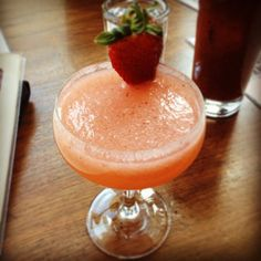 What better way to end finals than with a Fraise Fling: Strawberries, Lychees, Tito's Handmade Vodka, Agave, and Prosecco (Photo Credit: Prosecco, Strawberries, Photo Credit, Wines, Cheers, Vodka, Cocktails, Alcohol, Pop