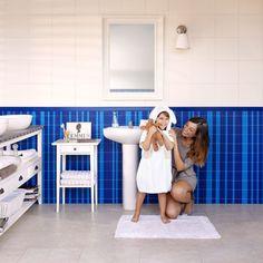 Paneles decorativos para tus paredes - Decoratualma Mirror, Bathroom, Ideas, Colorful, Washroom, Mirrors, Full Bath, Bath, Thoughts