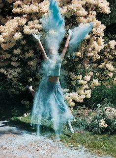 Tim Walker - Vogue Italia, novembre 2000.