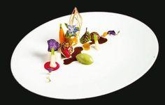 Rezept Paul Stradner- L'art de dresser et présenter une assiette comme un chef de la gastronomie... > http://visionsgourmandes.com Et bientôt le livre que vous pouvez déjà pré-acheter... > http://visionsgourmandes.com/?page_id=7611 . Partagez cette photo...  ...et adhérez à notre page Facebook... > http://www.facebook.com/VisionsGourmandes . #gastronomie #gastronomy #chef #presentation #presenter #decorer #plating #recette #food #dressage #assiette #artculinaire #culinaryart #design…
