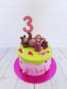 Masha and the Bear - cake by TortenbySemra - CakesDecor Sofia Birthday Cake, 22nd Birthday Cakes, Frozen Birthday Cake, Bear Birthday, Masha Cake, Masha Et Mishka, Birth Cakes, Marsha And The Bear, Dummy Cake