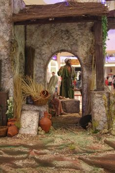 Archivo de álbumes Christmas Nativity Scene, A Christmas Story, Nativity Scenes, Diorama, Christmas Pageant, Stage Set, Portal, Behind The Scenes, Painting