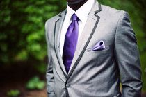 I want the groomsmen to wear gray suits with purple ties just like this! <3