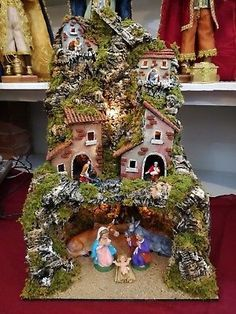 Christmas Villages, Xmas Decorations, Decoupage, Christmas Crafts, Projects To Try, Diy Crafts, Statue, Nativity Scenes, Holiday