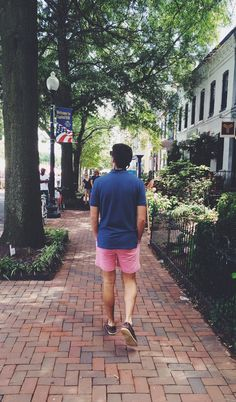 cjcurtisjohnson: Walk with me. Preppy Outfits, Preppy Style, Preppy Mens Fashion, Fashion Menswear, Men's Fashion, Preppy Southern, Southern Prep, Preppy Baby Boy, Ivy Style