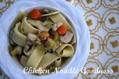 My favorite chicken noodle soup is Panera's low-fat chicken noodle. Chicken Noodle Soup, Noodles, Oatmeal, Homemade, Meat, Breakfast, Paradise, Recipes, Food