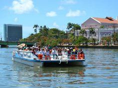 """Projeto """"Olha! Recife"""", realiza passeios gratuitos em quatro modalidades a partir dos dias 15 e 16 de março"""