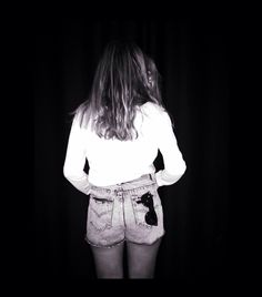 I'm wearing denim shorts Ewigem. My favorite for this spring. Good night...