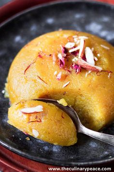Looking for an easy dessert recipe? Here is a classic Indian dessert badam halwa using almond flour, that comes together in under 15 minutes. It can be easily made vegan by using almond milk and vegan butter. Try this to satisfy your sweet tooth or as a dessert for special occasion. Instant, Gluten-free Dessert. Easy Indian Dessert Recipes, Easy Indian Sweet Recipes, Indian Desserts, Indian Sweets, Sweets Recipes, Easy Desserts, Indian Food Recipes, Pakistani Desserts, Miniature Food