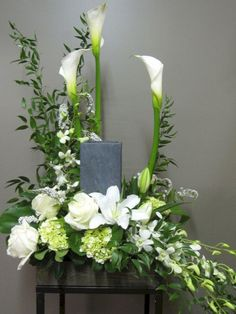 Flower Arrangement for Urn Florist Montreal Abaca Flowers shop . Sympathy flowers for the home and office. Flowers for the funeral service.