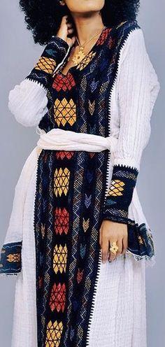 Ethiopian Traditional Dress, Traditional Dresses, African Print Fashion, African Fashion Dresses, African Wear, African Dress, Beautiful Ethiopian Women, Habesha Kemis, Ethiopian Dress