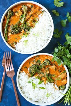 Easy Thai Red Curry - Damn Delicious Indian Food Recipes, Asian Recipes, Healthy Recipes, Healthy Breakfasts, Easy Thai Recipes, Asian Foods, Yummy Recipes, Healthy Food, Yummy Food