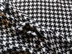 Vintage Open Weave Tweed Wool Clothing Fabric Hounds Tooth Black White Check