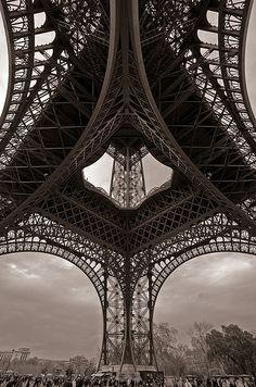 The Eiffel Tower, Paris, France Paris Tour, Paris 3, Montmartre Paris, Paris Cafe, Gustave Eiffel, Torre Eiffel Paris, Paris Eiffel Tower, Eiffel Towers, Hotel Des Invalides