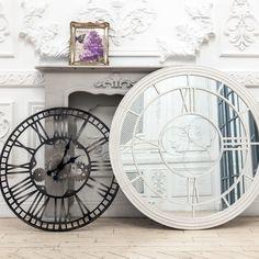 "#часы ""Сен-Лазар"", каминный портал ""Монсо"" (серый антик), #зеркало ""Сен Лазар"" (белый антик), картинная #рама ""Софи"",  #камин, #мебель, #интерьер, #декор, #furniture, #objectmechty, #interior, #fireplace, #mirror"