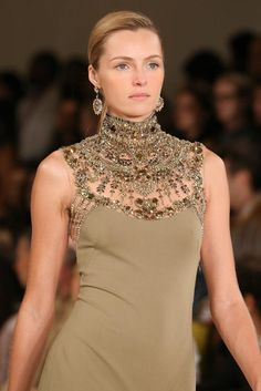See all the Details photos from Ralph Lauren Spring/Summer 2015 Ready-To-Wear now on British Vogue Bregje Heinen, Ralph Lauren, Ralph And Russo, Spring Summer 2015, Preston, Fashion Details, Camilla, Ready To Wear, Fashion Show