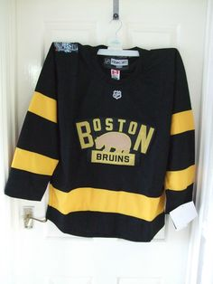 Bnwt  boston bruins    #black   2016 #winter #classic  ice hockey jersey    xl,  View more on the LINK: 	http://www.zeppy.io/product/gb/2/351862285430/