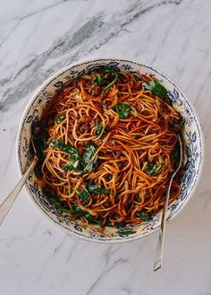 It's an exciting day, here at The Woks of Life. Because today, I have an AWESOME noodle recipe for you guys. We all know how amazing Dan Dan #Noodles are. They're the perfect balance of spicy, savory flavors. But as any of you who's seen––or actually managed to tackle––our Dan Dan Noodle recipe knows …