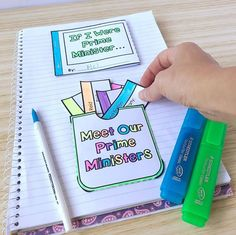 Did you know that you don't have to use our templates in a lapbook format if you don't want to? You could simply glue the templates into your student's workbooks . BTW our Australian government lapbook templates are now l Lap Book Templates, Notes Design, Gifted Education, Australian Curriculum, Back To School, School Stuff, Interactive Notebooks, Learning Centers, Teacher Pay Teachers