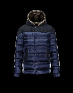 Moncler Goran Men Extra Lightweight Contrasting Hood Matt Jacket navy blue for sale
