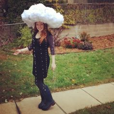 Rain and Clouds Costume http://www.halloweencostumeideas.biz/homemade-halloween-costume-ideas/homemade-halloween-costume-ideas-for-women